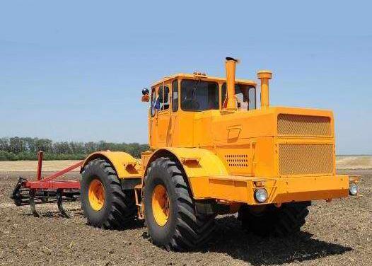 трактора к 700 фото