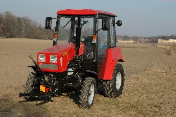 traktor-belarus-mtz-320