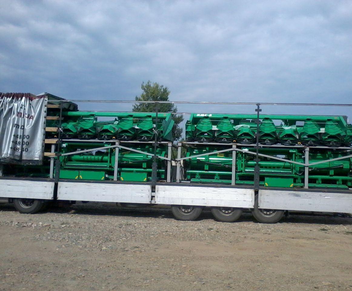 Перевозка кукурузных жаток КМС
