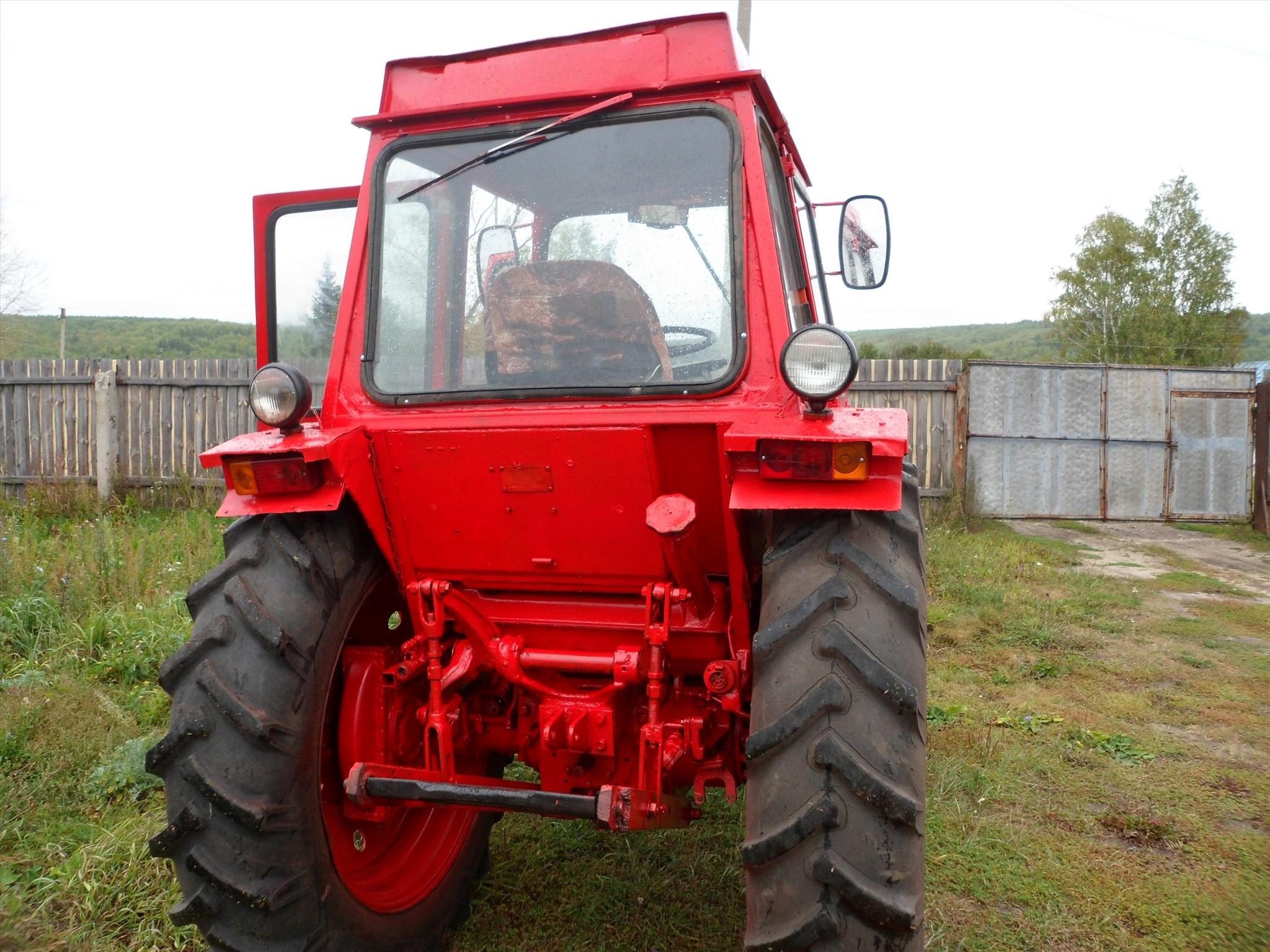 Трактор ЛТЗ-55: вид сзади