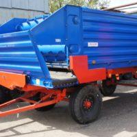 Тракторный смеситель раздатчик кормов ПРКТ-10